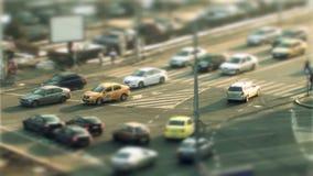 Οδήγηση αυτοκινήτων, μετατόπιση κλίσης στο Βουκουρέστι απόθεμα βίντεο