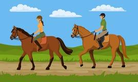 Οδήγηση πλατών αλόγου ανδρών και γυναικών στη φύση Στοκ Φωτογραφία