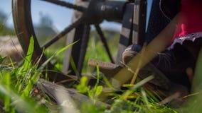 Οδήγηση της ξύλινης συσκευής με το πεντάλι φιλμ μικρού μήκους