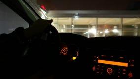 Οδήγηση τη βαριά βρέχοντας ημέρα απόθεμα βίντεο