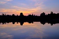 Ο ήλιος αυξάνεται πέρα από Angkor Wat, Καμπότζη Στοκ φωτογραφία με δικαίωμα ελεύθερης χρήσης