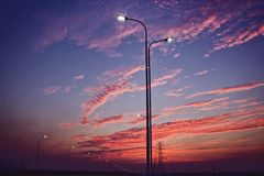 Ο ήλιος ρύθμισης στοκ φωτογραφίες