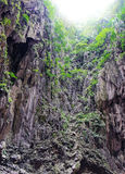 Ο ήλιος λάμπει στις σπηλιές Batu, Μαλαισία Στοκ εικόνα με δικαίωμα ελεύθερης χρήσης