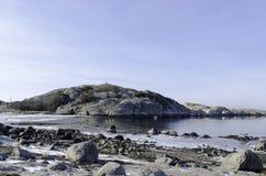 Ο ήλιος λάμπει στο βράχο Στοκ φωτογραφία με δικαίωμα ελεύθερης χρήσης