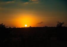 Ο ήλιος αύξησης πέρα από το kruger-εθνικό πάρκο στοκ φωτογραφία με δικαίωμα ελεύθερης χρήσης
