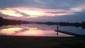 Ο ήλιος πηγαίνει κάτω Στοκ φωτογραφία με δικαίωμα ελεύθερης χρήσης