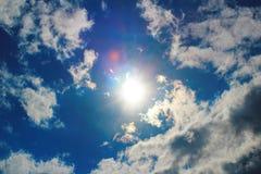 Ο ήλιος στα σύννεφα Στοκ Εικόνες