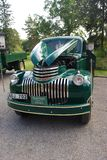 Ο αναδρομικός όρος παλαιό Chevy Chevrolet μεντών παίρνει το φορτηγό από το 1946 Στοκ Φωτογραφία