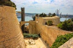 Ο ανελκυστήρας Barrakka, και οχυρώσεις Valletta στοκ φωτογραφίες με δικαίωμα ελεύθερης χρήσης