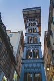 Ο ανελκυστήρας Carmo Lift Justa Santa είναι ένας ανελκυστήρας στη Λισσαβώνα στοκ εικόνα