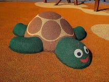 Ο αριθμός μιας χελώνας στην παιδική χαρά φιαγμένη από μαλακά λαστιχένια crumbs στην Πράγα στοκ φωτογραφία με δικαίωμα ελεύθερης χρήσης