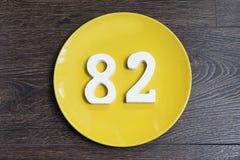 Ο αριθμός ογδόντα δύο στο κίτρινο πιάτο Στοκ φωτογραφία με δικαίωμα ελεύθερης χρήσης