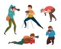 Ο αρσενικός φωτογράφος σε διαφορετικό θέτει απεικόνιση αποθεμάτων