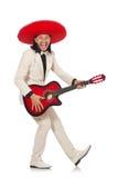 Ο αστείος μεξικανός στην κιθάρα εκμετάλλευσης κοστουμιών που απομονώνεται στο λευκό Στοκ εικόνα με δικαίωμα ελεύθερης χρήσης