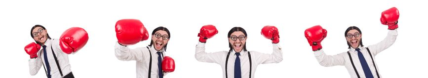 Ο αστείος νέος επιχειρηματίας με τα εγκιβωτίζοντας γάντια που απομονώνεται στο λευκό στοκ εικόνες με δικαίωμα ελεύθερης χρήσης