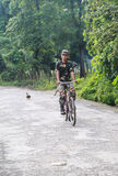 Ο αστυνομικός στο δασικό πάρκο σε chitwan, Νεπάλ Στοκ Φωτογραφία