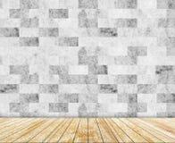 Ο αφηρημένος μαρμάρινος τοίχος και η ξύλινη πλάκα διαμόρφωσαν (φυσικά σχέδια) το υπόβαθρο σύστασης Στοκ Εικόνα