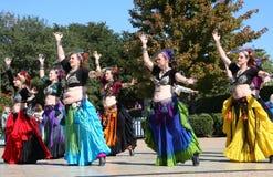 Ο λαϊκός χορός παρουσιάζει στοκ εικόνες