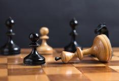 Ο βασιλιάς σκακιού είναι Στοκ φωτογραφία με δικαίωμα ελεύθερης χρήσης