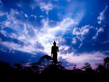 ο Βούδας σκιαγράφησε την Στοκ φωτογραφία με δικαίωμα ελεύθερης χρήσης