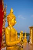 Ο Βούδας κάθεται Στοκ Φωτογραφία