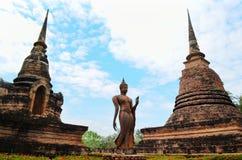 Ο Βούδας στον αρχαίο ναό στοκ εικόνες