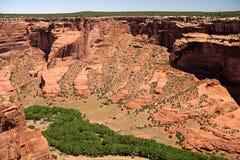 Ο βράχος προσώπου αγνοεί Canyon de Chelly, Αριζόνα Στοκ φωτογραφία με δικαίωμα ελεύθερης χρήσης