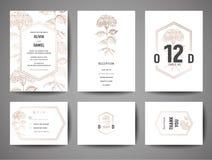 Ο γάμος πολυτέλειας σώζει την ημερομηνία, τη συλλογή καρτών πρόσκλησης με τα χρυσά λουλούδια φύλλων αλουμινίου και το πρότυπο σχε διανυσματική απεικόνιση