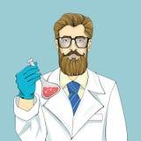 Ο γενειοφόρος επιστήμονας στην άσπρη τήβεννο κρατά το φιαλίδιο με το κόκκινο ρευστό σε ένα μπλε υπόβαθρο Μεγάλα γυαλιά, μπλε γραβ ελεύθερη απεικόνιση δικαιώματος