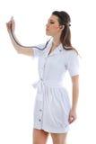 Ο γιατρός σε ένα άσπρο υπόβαθρο Στοκ φωτογραφία με δικαίωμα ελεύθερης χρήσης