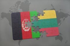 ο γρίφος με τη εθνική σημαία του Αφγανιστάν και η Λιθουανία σε έναν κόσμο χαρτογραφούν το υπόβαθρο Στοκ φωτογραφία με δικαίωμα ελεύθερης χρήσης