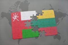 ο γρίφος με τη εθνική σημαία του Ομάν και η Λιθουανία σε έναν κόσμο χαρτογραφούν το υπόβαθρο Στοκ φωτογραφία με δικαίωμα ελεύθερης χρήσης