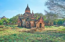 Ο εγκαταλειμμένος μεσαιωνικός ναός σε Bagan στοκ εικόνες