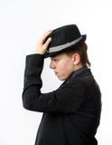Ο εκφραστικός έφηβος έντυσε στο κοστούμι Στοκ Φωτογραφίες