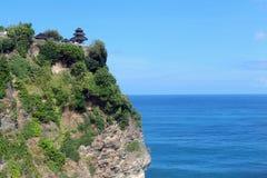 Ο εξωτικός ναός στον απότομο βράχο, Pura Luhur Uluwatu Ποιο stunn στοκ εικόνες με δικαίωμα ελεύθερης χρήσης