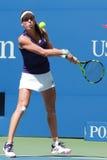 Ο επαγγελματικός τενίστας Johanna Konta της Μεγάλης Βρετανίας στη δράση κατά τη διάρκεια των ΗΠΑ της ανοίγει τη στρογγυλή αντιστο Στοκ Φωτογραφίες