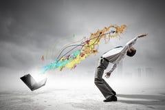 Ο επιχειρηματίας αποφεύγει τις ιδέες παφλασμών Στοκ φωτογραφία με δικαίωμα ελεύθερης χρήσης