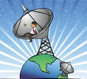 Ο επιχειρηματίας κάθεται στα δορυφορικά πιάτα στοκ φωτογραφίες