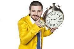 Ο επιχειρηματίας κρατά τα δολάρια στο χέρι Στοκ Φωτογραφία