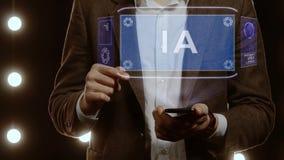 Ο επιχειρηματίας παρουσιάζει ολόγραμμα με το κείμενο AI φιλμ μικρού μήκους