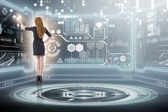Ο επιχειρηματίας στη μεγάλη έννοια διαχείρισης δεδομένων Στοκ Εικόνες