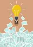 Ο επιχειρηματίας στο μπαλόνι lightbulb παίρνει μακρυά από πολύ έγγραφο Στοκ Εικόνα