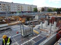 Ο εργασιακός χώρος οικοδόμησης Καλλιτεχνικός κοιτάξτε στα εκλεκτής ποιότητας ζωηρά χρώματα Στοκ Εικόνες