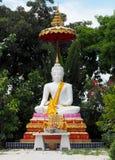 Ο λευκός Βούδας στο ναό Thailland, πόλη Ayutthaya, παλαιός ναός Στοκ εικόνα με δικαίωμα ελεύθερης χρήσης