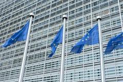 Ο ευρωπαϊκός κυματισμός σημαιών Στοκ φωτογραφίες με δικαίωμα ελεύθερης χρήσης