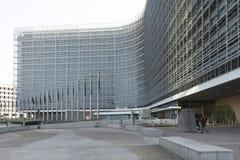 Ο ευρωπαϊκός κυματισμός σημαιών Στοκ φωτογραφία με δικαίωμα ελεύθερης χρήσης