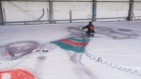 Ο ζωγράφος σύρει το φλυτζάνι νικητών εκμετάλλευσης αριθμού παικτών χόκεϋ φιλμ μικρού μήκους