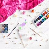 Ο ζωηρόχρωμος μονόκερος χρωμάτισε στα χρώματα Στοκ Φωτογραφίες