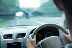 Οδηγός αυτοκινήτων στο τιμόνι Στοκ Φωτογραφία