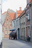 οδηγός για να φέρει τους τουρίστες κάτω από την οδό, Μπρυζ Στοκ φωτογραφίες με δικαίωμα ελεύθερης χρήσης